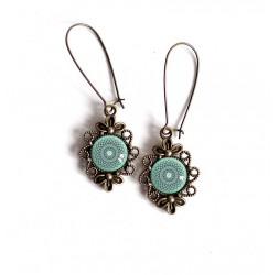 Boucles d'oreilles, esprit Maroc, rosace bleu tendre, style rétro, bronze, bijoux pour femme