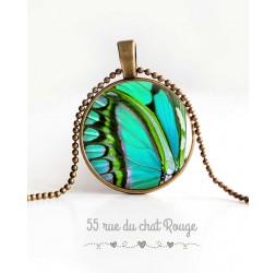 Collier pendentif cabochon, aile de papillon, turquoise et vert tendre, bijoux pour femme