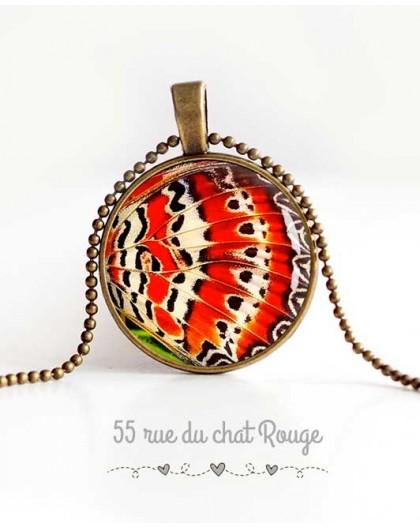 collana cabochon ciondolo, ali di farfalla, arancione e bianco, gioielli della donna