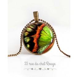Collier pendentif cabochon, aile de papillon, orange et vert, bijoux pour femme