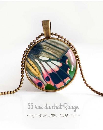 collana cabochon ciondolo, ala di farfalla, rosa e grigio, verde primavera, gioielli della donna