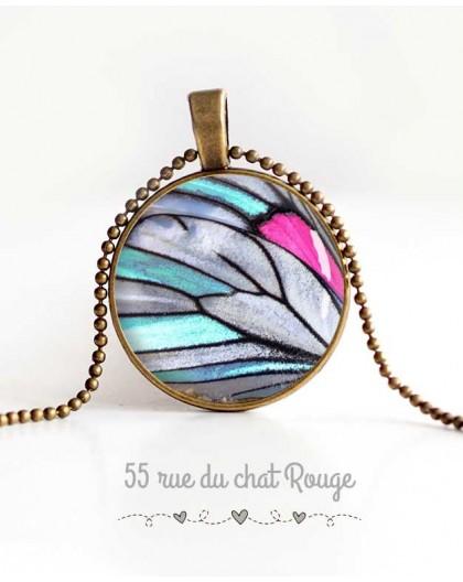 colgante de collar de cabujón, ala de mariposa, azul, gris y fucsia, de la joyería de la mujer