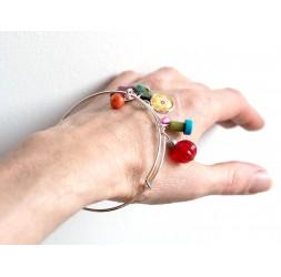 jonc argenté, bracelet, perles multicouleur