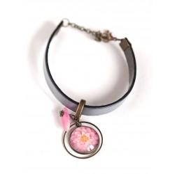 Bracciale donna, pelle grigia, cabochon di fiori rosa dalia