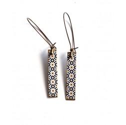 Boucles d'oreilles pendentif, minimalistes, épurées, fleuries. noir beige, bronze