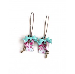 Fantasy earrings, floral, pink and pastel blue, bow tie