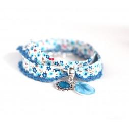 Bracelet cordon style Liberty fleuri bleu, goutte cabochon, bleu marine