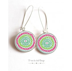 Earrings, flower drawing, naive, fuchsia and green cabochon epoxy resin
