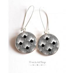 Ohrringe, Seigaiha schwarz und weiß, Japan, Cabochon Epoxidharz