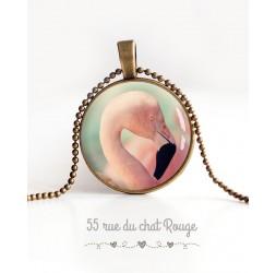 Collier pendentif cabochon, Flamant rose, tons pastel, bronze