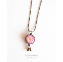 Collier sautoir, pendentif double cabochon, Dahlia rose épanouie