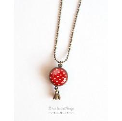Lange Halskette, Anhänger dual Cabochon kleine Herzen roter Hintergrund, Bronze