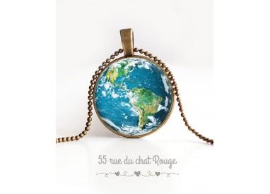 cabochon pendant necklace, Planet Earth, Blue Planet, bronze