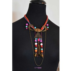 Gran collar muy original, eventos, y multicolor de bronce