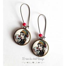 Earrings, La Muerta cabochon 20mm bronze