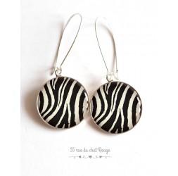 Orecchini, Pelle di animale, zebra, bianco e nero, resina epossidica, argento