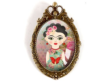 Jewellery Brooches and Accessories